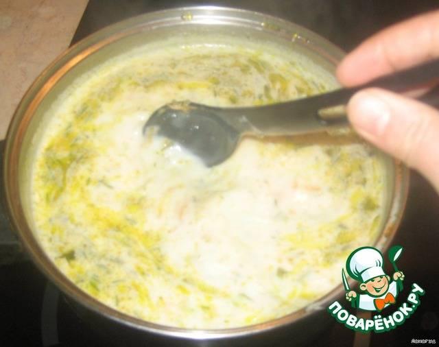Вкусный сырный суп из плавленых сырков и курицы