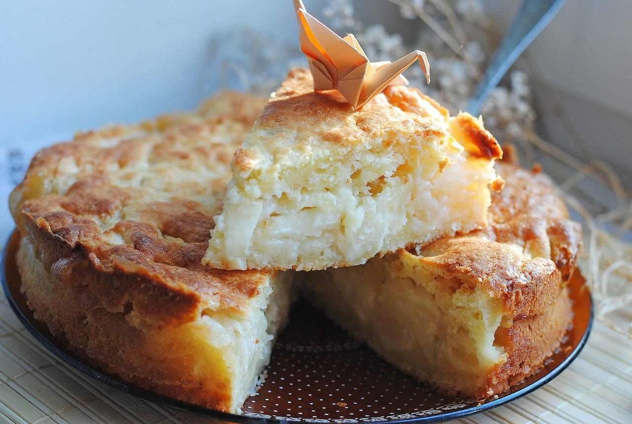 Пирог с творогом и яблоками в духовке
