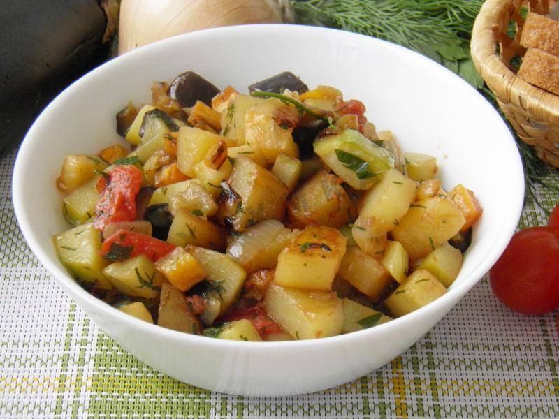 Кабачки тушеные с овощами. рецепт приготовления