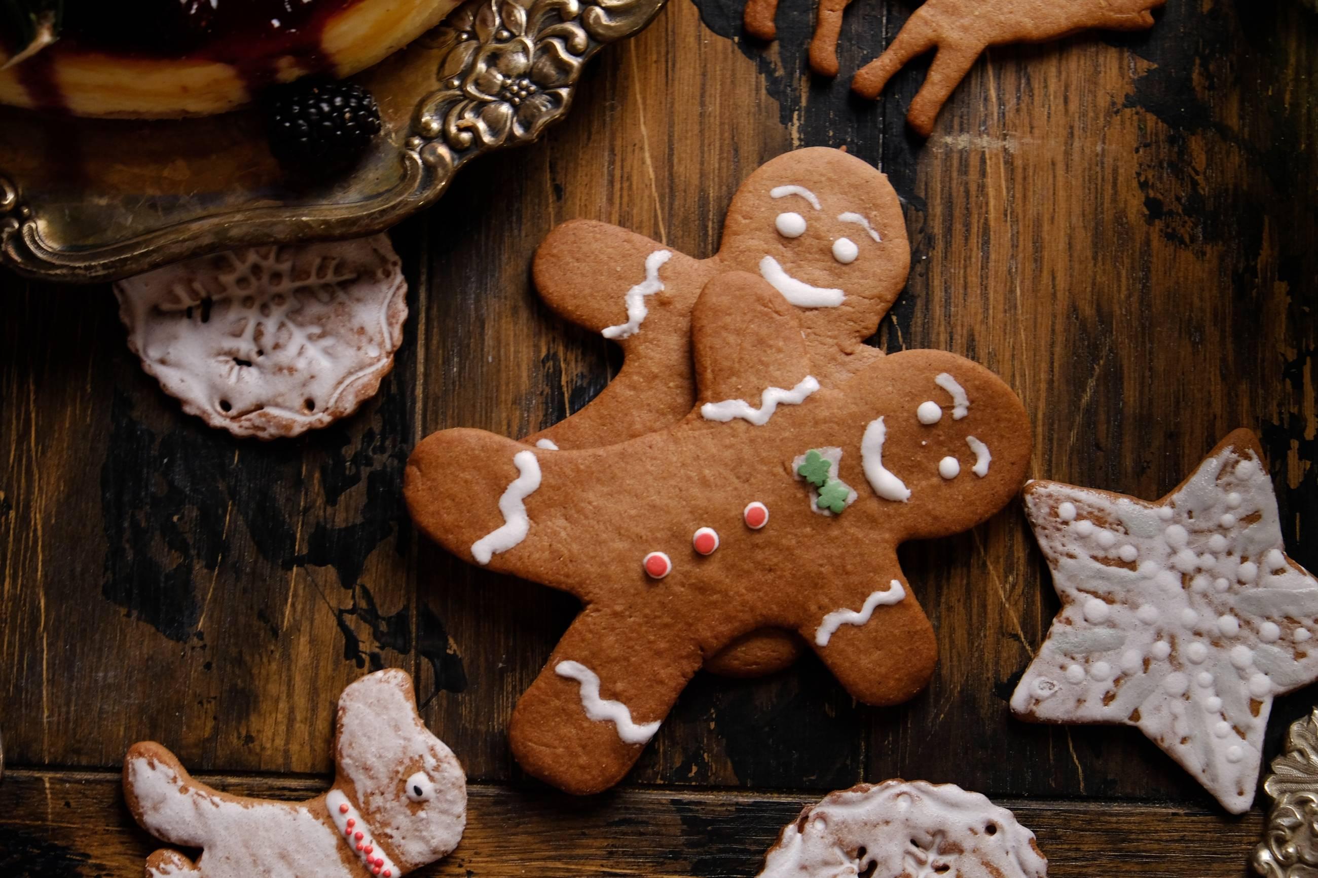 Делаем печенье с корицей и имбирем