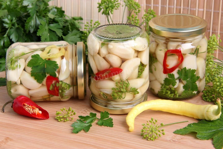 Рецепт чеснока, маринованного целыми головками - 7 пошаговых фото в рецепте