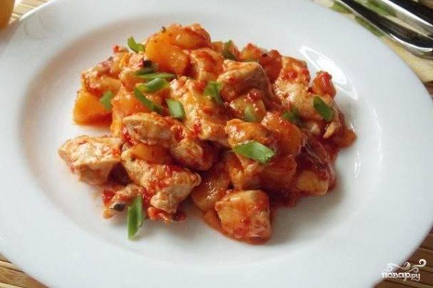 Куриное филе с яблоками - 9 пошаговых фото в рецепте