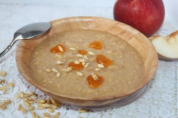 Каша из проростков пшеницы с яблоком и джемом