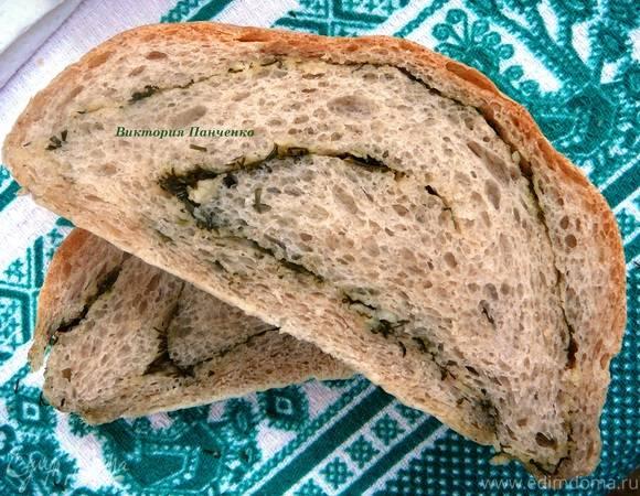 Хлеб с укропом и чесноком