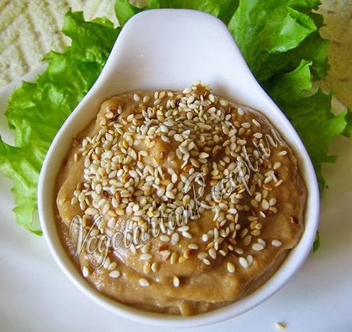 Ореховый  соус для блюд из птицы, мяса, овощей