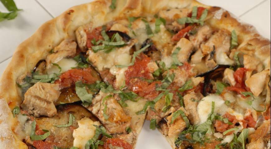 """пицца"" из спагетти с баклажанами"