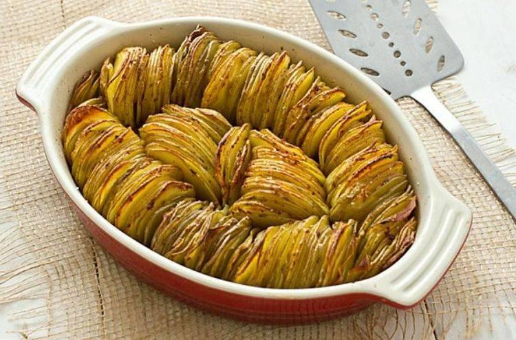 Картошка-гармошка: быстро и вкусно