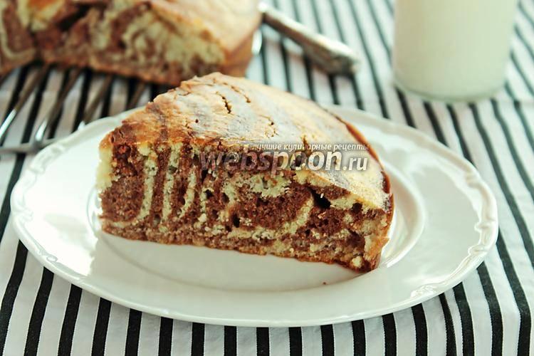 Шоколадные кексы на сыворотке со смородиной