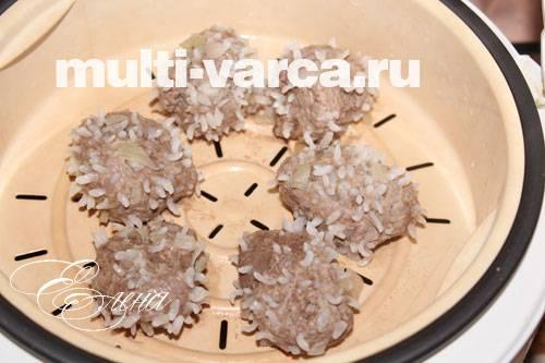 Ежики из фарша с рисом в мультиварке
