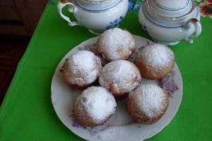 Нежный сметанный кекс с сухофруктами