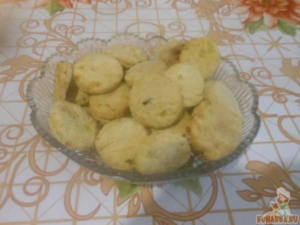 Крекеры с луком рецепт с фото