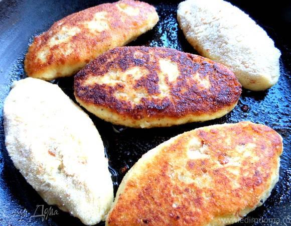 Картофель с куриной печенью и грибами