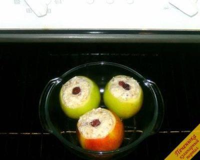 Запеченные яблоки в духовке — 10 рецептов