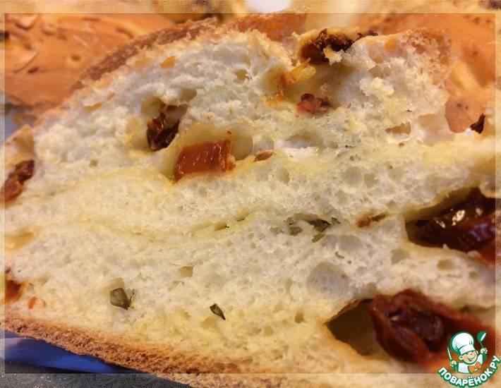Хлеб с оливковым маслом и помидорами