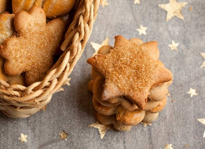 Новогодние елочки - оригинальное фигурное печенье без формочек