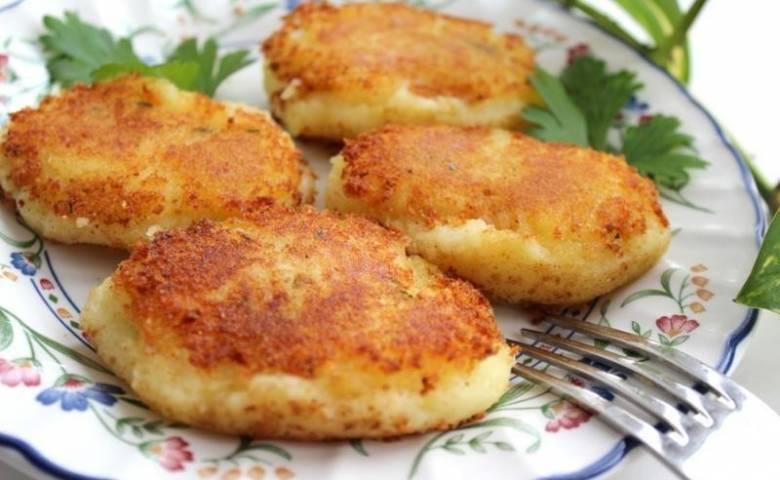 Котлеты из картофельного пюре: 10 простых рецептов |