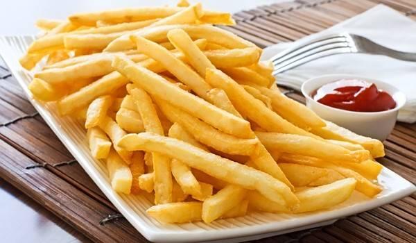 Картофель фри — 9 рецептов вкусного приготовления в домашних условиях в духовке, мультиварке и микроволновке.