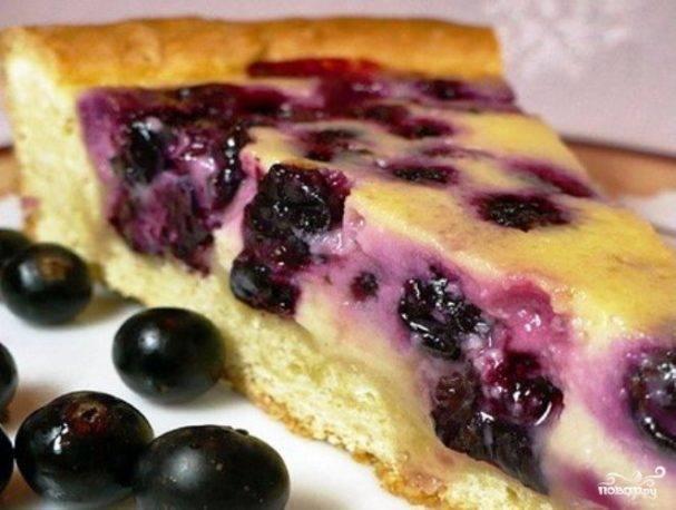 Пирог с замороженной черной смородиной - 8 пошаговых фото в рецепте