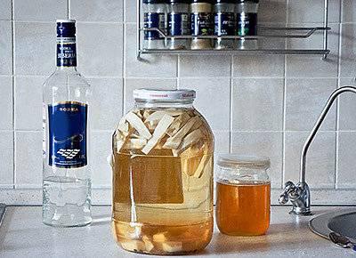 Рецепты хреновухи на самогоне, настоек на хрене для приготовления в домашних условиях