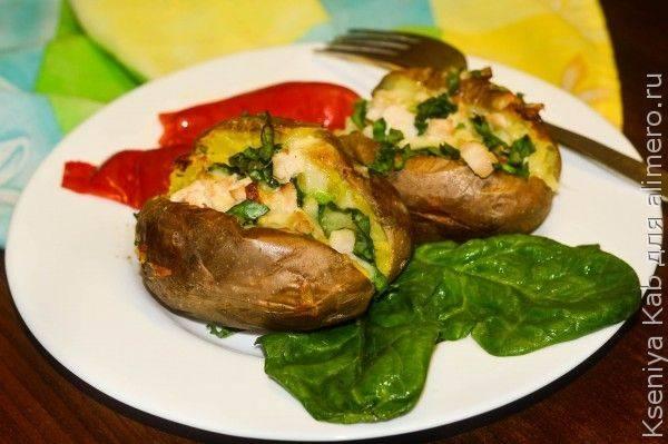 Фаршированный картофель в духовке: 10 вариантов