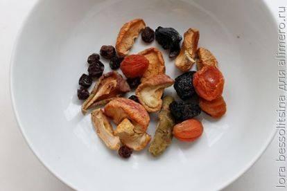 Как варить узвар из сухофруктов?
