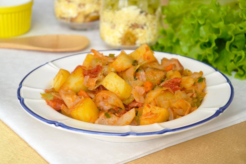 Как приготовить вкусную тушеную картошку с курицей