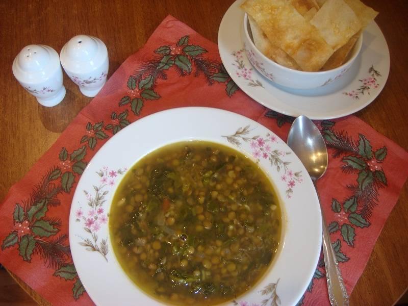 Суп из чечевицы с колбасой