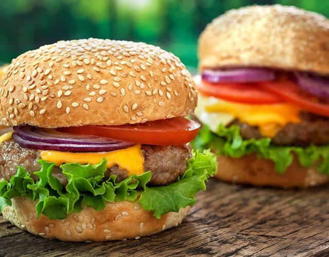 Просто чизбургер