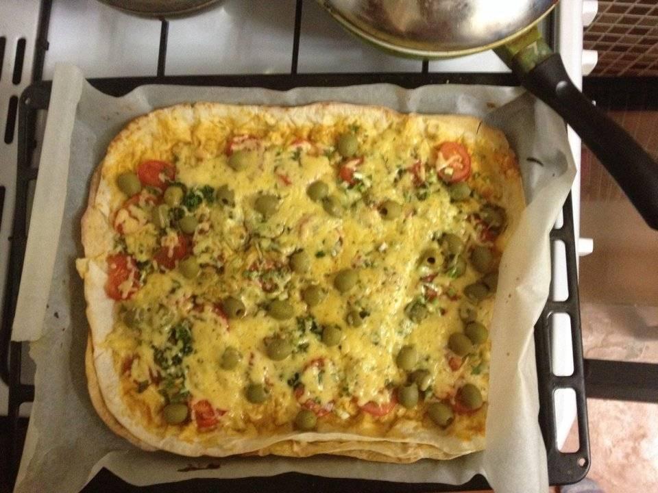 Быстрая мини-пицца из лаваша на сковороде!