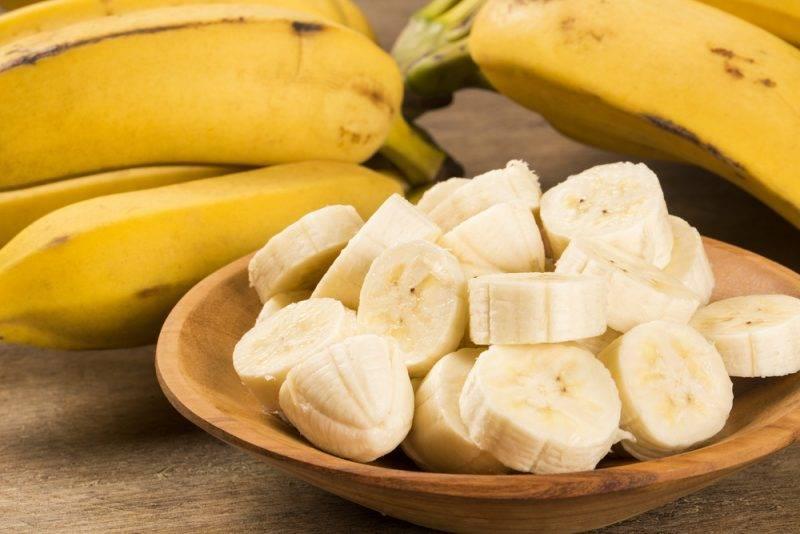 Смузи с бананом и яблоком