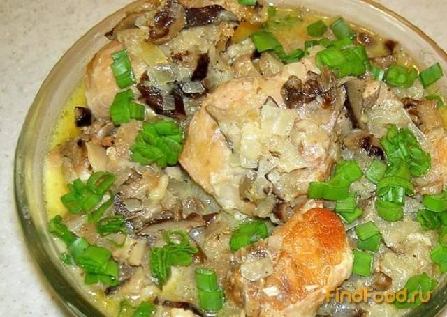 Кролик с грибами в сливочном соусе