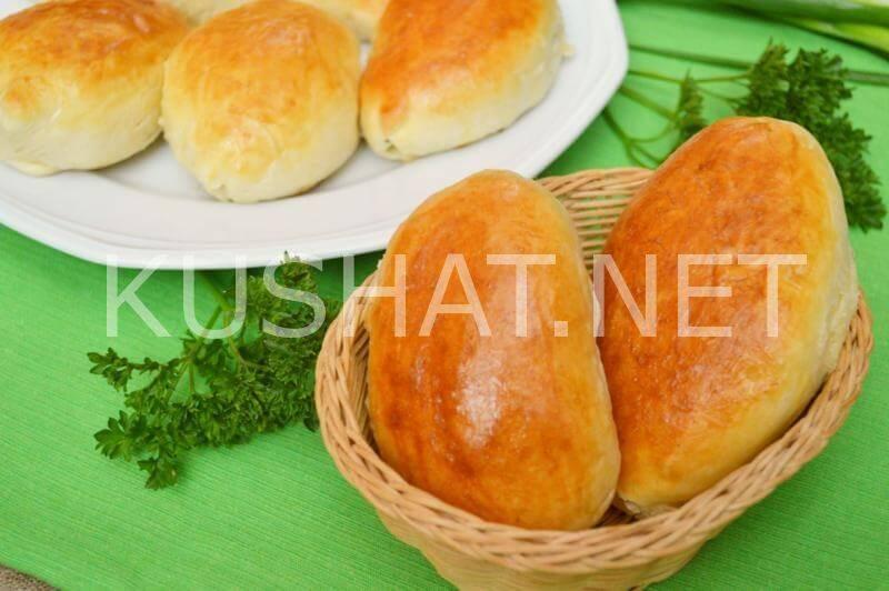 Два рецепта пирожков со щавелем в духовке с разной начинкой