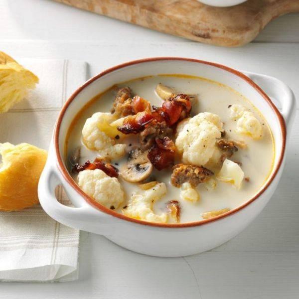 Итальянский суп из цветной капусты и грибов
