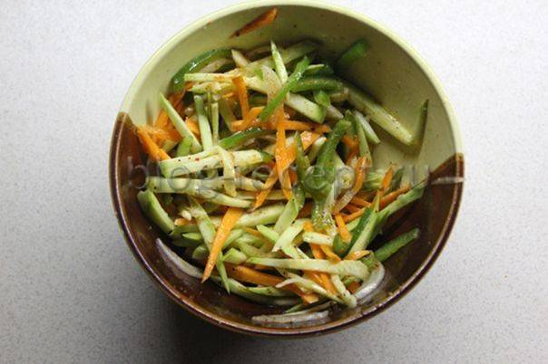Кабачки по-корейски: самый вкусный рецепт быстрого приготовления