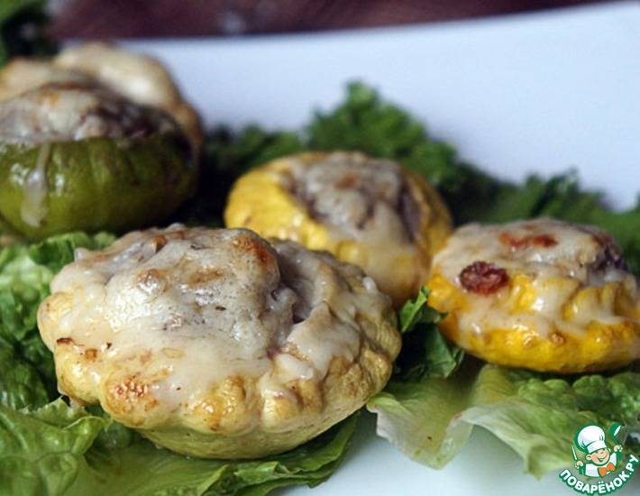 Патиссоны с куриной печенью и грибами