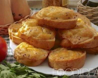 Гренки с чесноком — 8 рецептов из хлеба