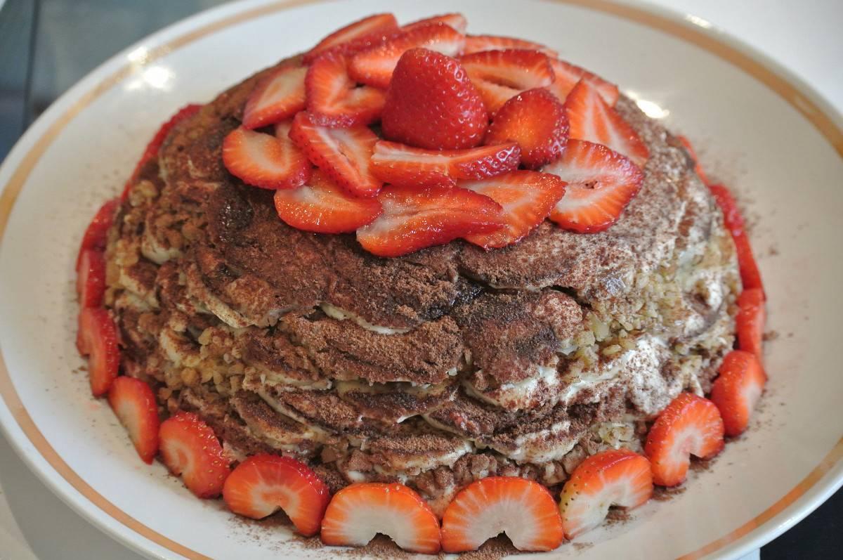 Пряничный торт из букв