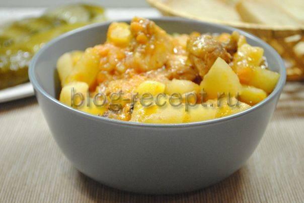 Тушеная картошка с кабачками и мясом