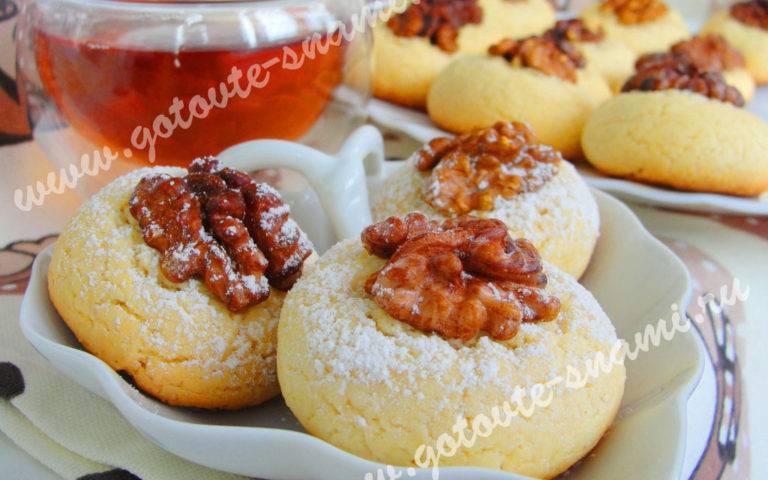 Печенье с клубникой