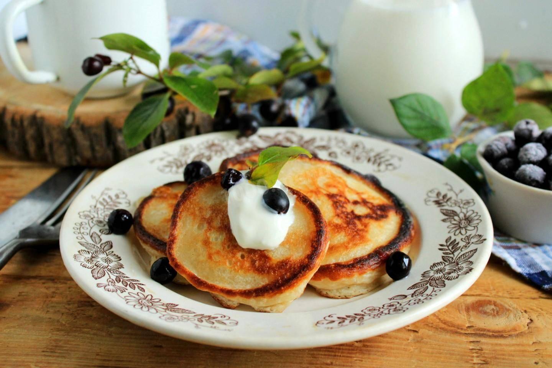 Вкусные панкейки на кефире: пошаговые рецепты с фото