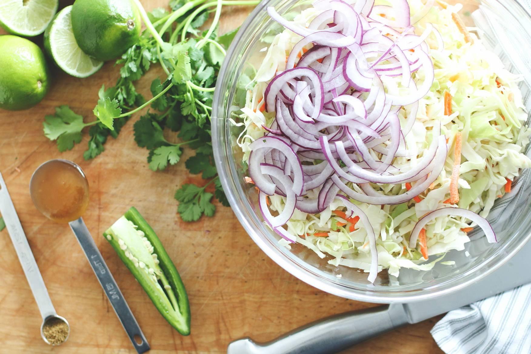 Самые вкусные, быстрые и полезные рецепты квашеной капусты