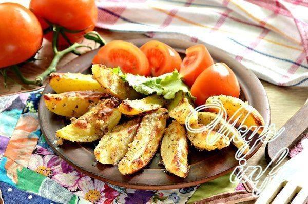 Картофель в панировочных сухарях в духовке рецепт с фото