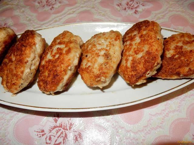 Котлеты из куриного фарша с манкой рецепт с фото