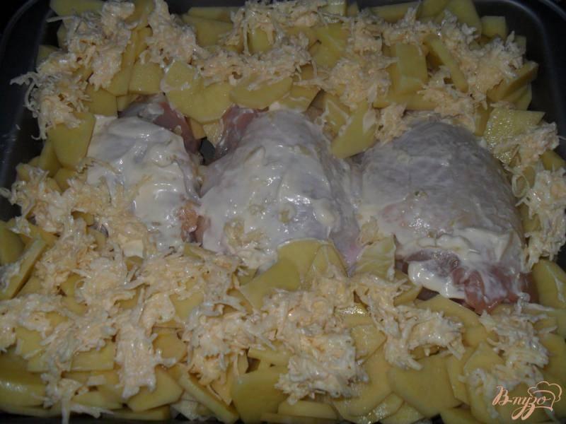 Рецепт: куриные бедра в картофельном кольце