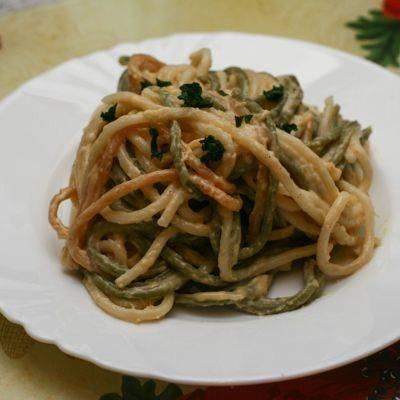 Паста Путанеска с каперсами и маслинами: постный рецепт