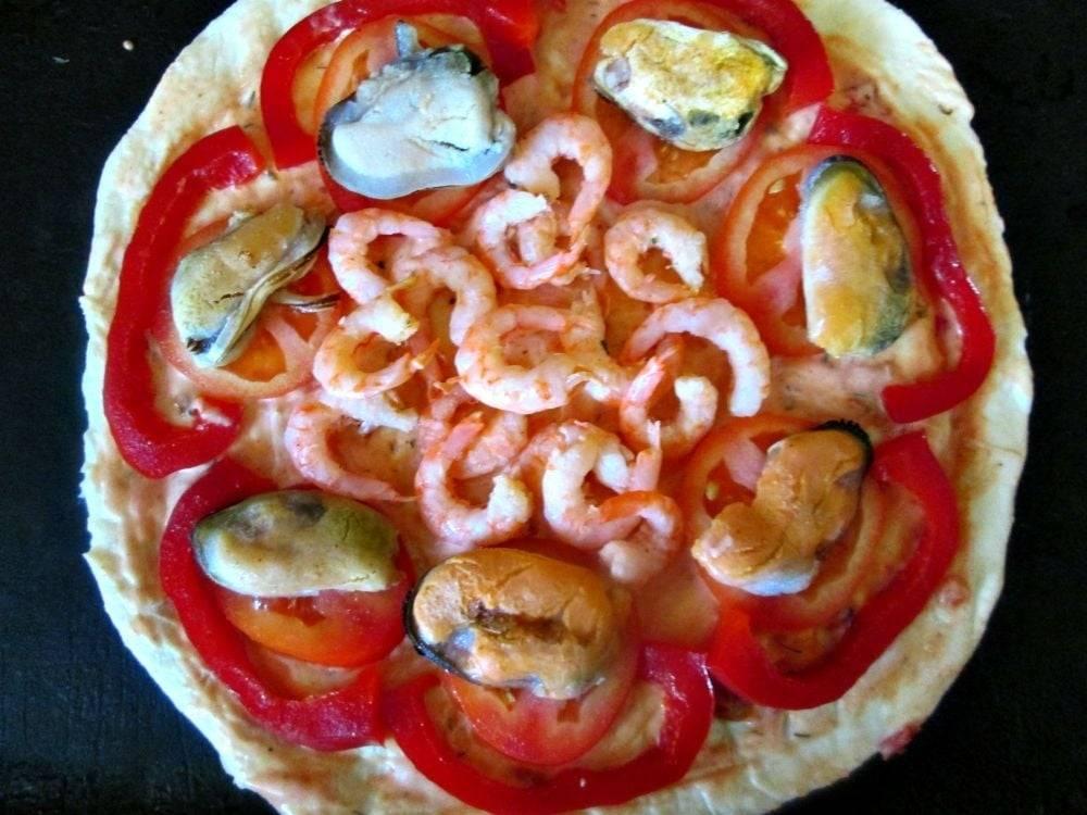 Пицца с мидиями: рецепт с фото пошагово