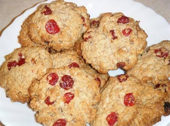 Пирожки с клюквой + бонус печенье для детей
