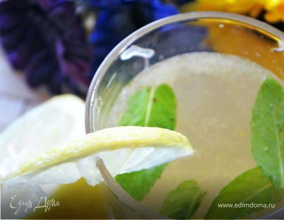Как приготовить домашний лимонад с мятой и лимоном
