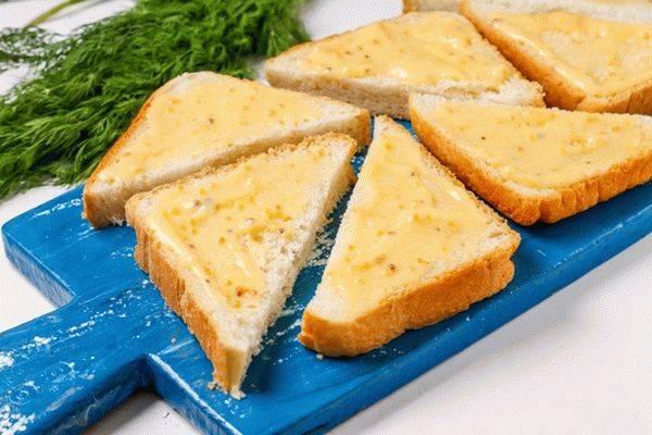 Быстрый горячий бутерброд - сливочный вкус просто великолепен