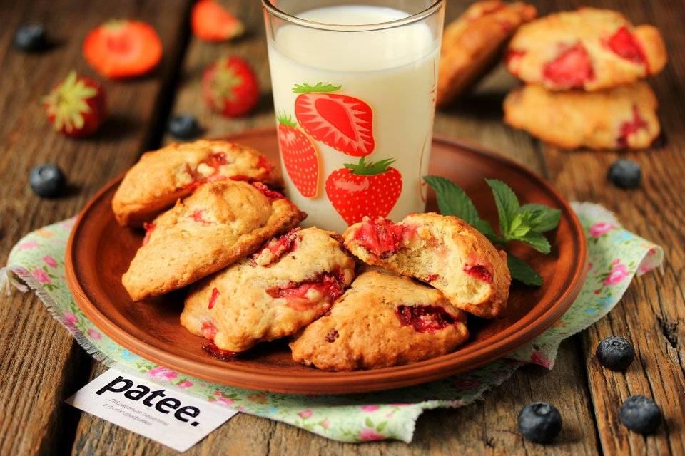 Мятное печенье с клубникой